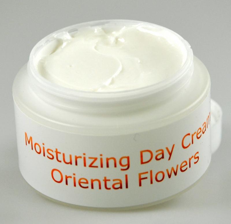 Moisturizing Day Cream Oriental flowers